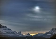 solar eclypse over the Dolomites - null