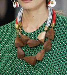 Must have/natural/necklace/ SS15