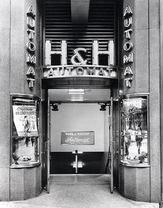 Horn & Hardart Automat, Manhattan. Streamline deco storefront