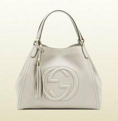 Gucci - handbags for women. designer handbags made in italy Gucci Handbags Outlet, Big Handbags, How To Make Handbags, Designer Handbags, Cheap Purses, Purses For Sale, Hobo Purses, Hobo Bags, Tote Bag