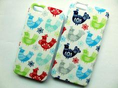modaの生地を使用したiPhoneケーススマホケースも+600円で製作します。デコパージュカラフルな小鳥が幸せを運ぶかも♪(๑˃̵ᴗ˂̵)و 布の風合いを活...|ハンドメイド、手作り、手仕事品の通販・販売・購入ならCreema。