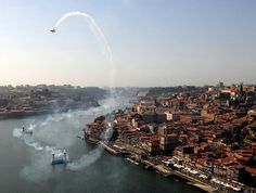 The Red Bull Air Race returns to #Oporto on 2-3 September | Via Red Bull Air Race | 8/03/2017  #Portugal