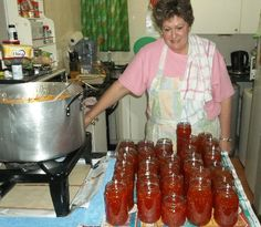 Posts about Huisgenoot Wenresepte written by Nikita South African Dishes, South African Recipes, Canning Vegetables, Bulk Food, Homemade Sauce, Canning Recipes, No Bake Cake, Food Hacks, Family Meals