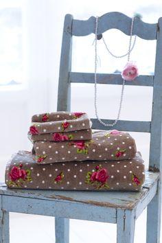 PiP Roses and Dots Khaki