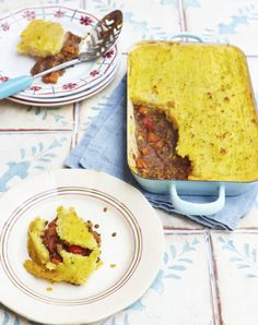 Shepherdless pie - a veggie friendly twist on a quintessentially British dish, with puy lentils and creamy polenta #RKKN