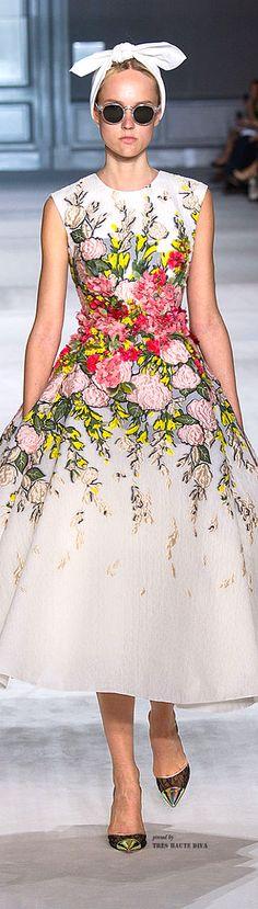 Giambattista Valli Haute Couture Fall/Winter 2014-15