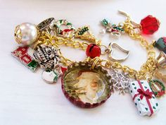 Dear Santa Bottle Cap Charm Bracelet by MMVintageSweets on Etsy, $24.00