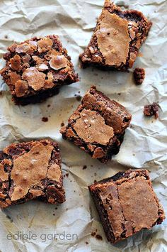 Chewy Chocolate Brownies - Chewy Brownie Recipe, Step by Step (Edible Garden) Chewy Brownies, Chocolate Brownies, Chocolate Butter, Bean Brownies, Chocolate Cakes, Eggless Brownie Recipe, Brownie Recipes, Eggless Baking, Flan