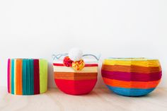 Planters/baskets from old lamp shades Crafty Craft, Crafty Projects, School Holiday Crafts, Home Crafts, Diy Crafts, Old Lamp Shades, Frankie Magazine, Make A Lamp, Inspiration For Kids
