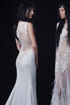 f64565cce96f8 Vera Wang Bridal Fall 2016 Collection Photos - Vogue Dresses 2016, 2016  Wedding Dresses,
