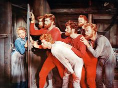 Seven Brides for Seven Brothers 1954 Jane Powell & Howard Keel Old Movies, Great Movies, Awesome Movies, Golden Age Of Hollywood, Old Hollywood, Classic Hollywood, Movies Showing, Movies And Tv Shows, Love Movie