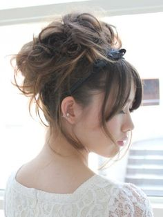 Loose updo with headband...Ivy can you do this for my hair