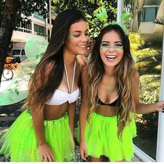 Jewellery For Lady - Bff Halloween Costumes, Carnival Costumes, Couples Cosplay, Fantasias Halloween, Mask Girl, Halloween Disfraces, Group Costumes, I Love Girls, Rave Outfits