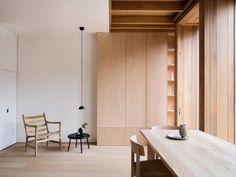 (via O'Sullivan Skoufoglou Architects builds wood-lined...