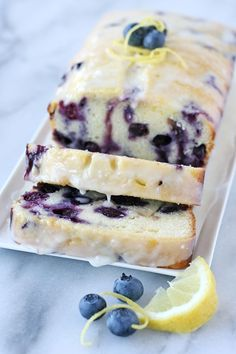 Lemon Blueberry Bread  Glorious Treats is part of Desserts   This recipe for Lemon Blueberry Bread produces a perfectly moist, flavorful and delicious loaf of quick bread! -  #healthysnacks Lemon Blueberry Loaf, Blueberry Cake, Blueberry Cheesecake, Blueberry Recipes Easy, Lemon Loaf Cake, Strawberry Bread, Lemon Muffins, Blueberry Scones, Blueberry Cobbler