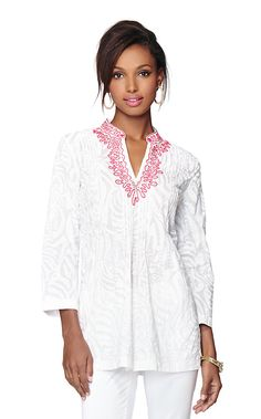 As the brand that redefined American Resortwear, we know a thing or two about   tunics. The Sarasota is the ultimate white beaded tunic, made of breezy cotton  lawn fabric and featuring expertly-tailored pintuck details, a mandarin collar  and hand-drawn embroidery details inspired by authentic Indian tunics. The      Sarasota's versatility is unmatched: wear over shorts for a casual daytime look, as a white cotton beach cover-up, over white jeans for dinner and over leggings for a polished…