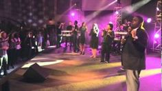 I Won't Go Back. Live performance by William McDowell. - YouTube