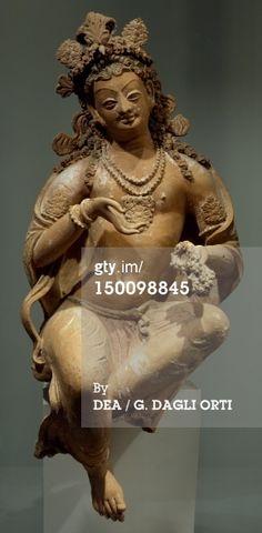 Stock Photo : Bodhisattva, terracotta statue from Fondukistan monastery, Ghorband Valley, Afghanistan, Afghan Civilization, 7th century