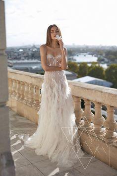 Beaded Wedding Gowns, Dream Wedding Dresses, Designer Wedding Dresses, Bridal Dresses, Reception Gown, Sweetheart Wedding Dress, Partys, Looks Vintage, Boyfriends