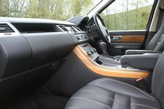 2011 Range Rover Sport 5.0 V8 Supercharged HSE 5-door auto estate. Black. CommandShift. Click on pic shown for loads more.