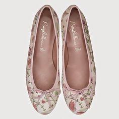 Modelo Marilyn de la nueva colección para novias de Pretty Ballerinas