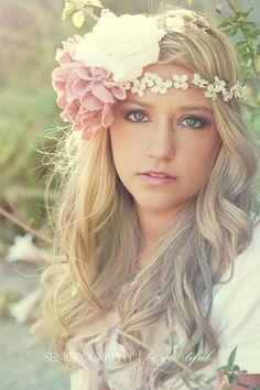 boho, flowers in hair - bellashoot.com
