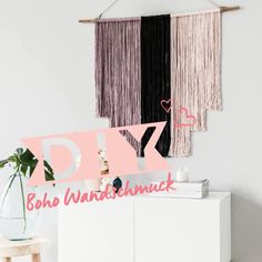 simple crafts for adults room decor Boho vibes! Unique Wall Decor, Diy Wall Decor, Decor Crafts, Wall Decorations, Handmade Home Decor, Diy Home Decor, Boho Dekor, Diy Crafts For Adults, Yarn Wall Hanging