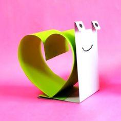 Un escargot d'amour facile à réaliser à partir de 6 ans.