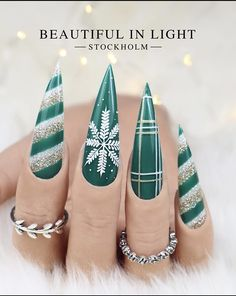 Chistmas Nails, Cute Christmas Nails, Xmas Nails, Christmas Nail Designs, Holiday Nails, Stiletto Nails, Gel Nails, Acrylic Nails, Gorgeous Nails