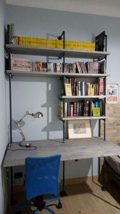 Dopo avere visto tanti progetti anche io ho realizzato questa fantastica libreria per una camera di un ragazzo con tubi idraulici