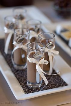 Chocolate Mousse Simple but elegant presentation. A DO! Via Ellesilk.com #drink                                                                                                                                                      More