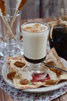 Fűszeres kávészirup Eat Pray Love, Coffee Time, Street Food, Glass Of Milk, Latte, Panna Cotta, Breakfast Recipes, Cooking Recipes, Sweets