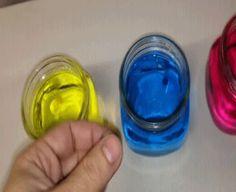 Billes d'hydrogel + eau colorée   23 GIFs impressionants de réactions chimiques