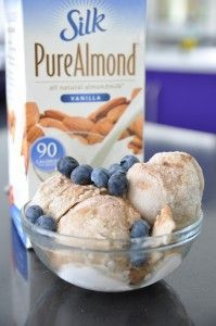 Only 4 ingredients: almond milk, frozen bananas, vanilla, and cinnamon.