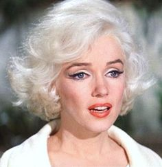"""Marilyn on the set of """"Something's Got To Give"""", 1962. At her most beautiful"""