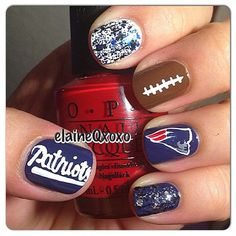 Fun Super Bowl Nails cheering on the New England Patriots. #PMTSLife Photo found on: http://ink361.com/app/users/ig-55401354/elaineqxoxo/photos/ig-560967221515725858_55401354