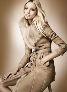 Abrigo doble faz en color camel | Petite Girl
