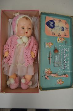 1940's Effanbee Dy-Dee Baby Doll Original Trunk and Accessories Hard to Find!