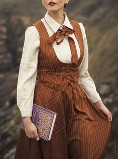 New Fashion, Vintage Fashion, Fashion Outfits, Librarian Costume, Librarian Chic, Pretty Outfits, Cute Outfits, Vintage Dresses, Vintage Outfits