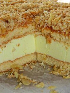 Przepis na to ciacho pochodzi od babci Łukasza (ona wie, co dobre). Idealny deser na lato: delikatny, puszysty, lekko kwaskowaty i słodki ... Mexican Food Recipes, Sweet Recipes, Cake Recipes, Dessert Recipes, Polish Desserts, Cookie Desserts, Sweets Cake, Cupcake Cakes, Delicious Desserts