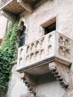 6 Things to do in Verona, Italy >> Romeo and Juliet's Balcony