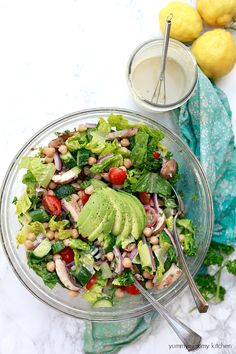 Delicious healthy vegetarian and vegan mediterranean salad with tahini dressing and chickpeas. Oil Free Salad Dressing, Tahini Salad Dressing, Healthy Eating Recipes, Whole Food Recipes, Healthy Snacks, Simple Recipes, Nutritious Meals, Healthy Eats, Vegetarian Lunch