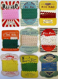 i love this vintage ric-rac packaging its so retro and just colourful and amazing! Retro Vintage, Vintage Love, Vintage Ephemera, Vintage Buttons, Vintage Stuff, Textiles, Costura Vintage, Vintage Sewing Notions, Haberdashery