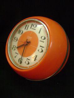 70s vintage clock