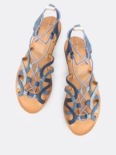 Shop Double Denim Wash Elastic Strap Sandals DENIM online. SheIn offers Double Denim Wash Elastic Strap Sandals DENIM & more to fit your fashionable needs.