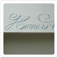 över dörr hall Place Cards, Place Card Holders, Home Decor, Decoration Home, Room Decor, Interior Decorating