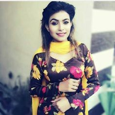 Punjabi Suits Party Wear, Shalwar Kameez, Indian Dresses, Kimono Top, Ruffle Blouse, How To Wear, Colorful, Beauty, Diamond