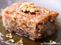 Walnut Cake with Warm Vanilla Honey Sauce Recipe from The Just Desserts Kitchen 13 Desserts, Greek Desserts, Greek Recipes, Greek Sweets, Food Cakes, Cupcake Cakes, Cupcakes, Snack Cakes, Walnut Cake
