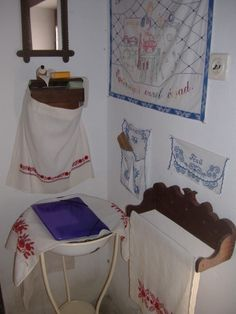 Retro Bedrooms, Hungary, 1, Rustic, Bathroom, Garden, How To Make, House, Home
