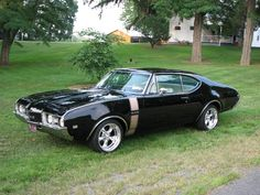 1968 Olds 442 | 1968 Oldsmobile 442, my cousin had one of these just like this one. Sick ride.